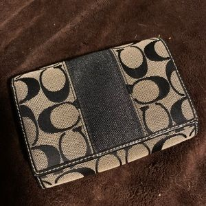 Coach Bags - Used coach wallet